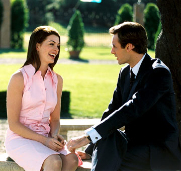 anne hathaway in princess diaries 3